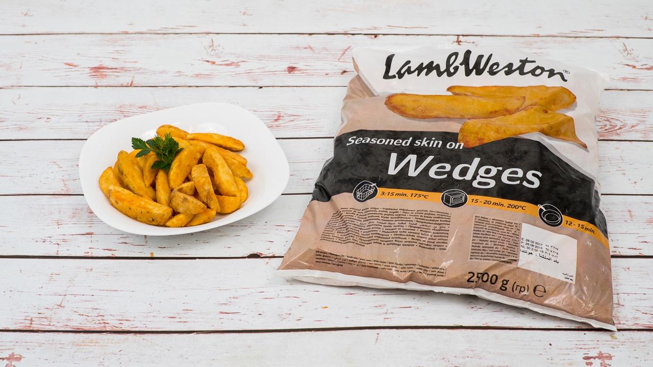 Product #185 image - Cartofi 2.5 kg Wedges cu piele, condimentate